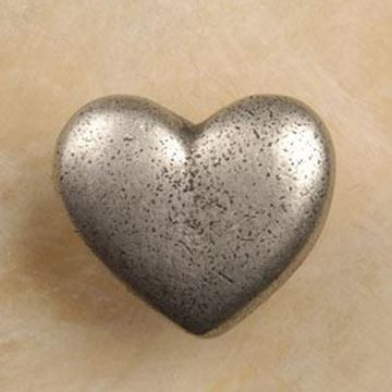 "Picture of 1"" Heart Knob"